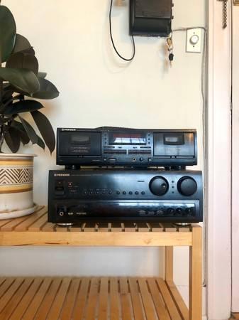 Photo Vintage Pioneer Stereo System - $100 (Portland)