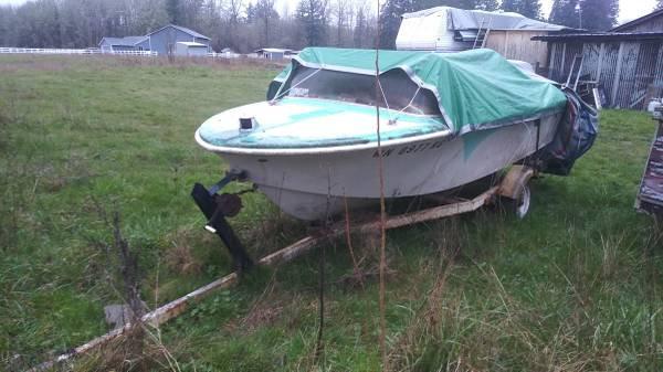 Photo Vintage boat AND trailer o.b.o - $175 (Battle ground)