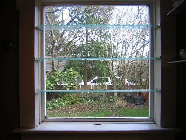 Photo Window Vinyl Fixed Pane with Glass Shelves - $30 (SE Portland)