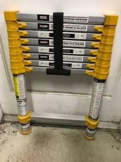 Photo Xtend  Climb 8-12- ft. Aluminum 225-lb telescoping ladder. - $75 (HILLSBORO)