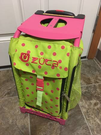 Photo ZUCA Sports  School Bag Green with Hot Pink Frame and Dots - $60 (Estacada)