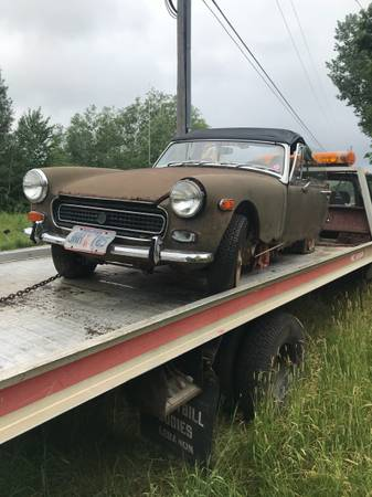 Photo 1973 MG Midget. Parting it up. Ignore the price. - $1000