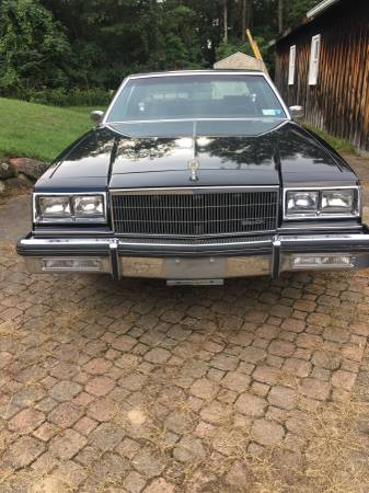 Photo 1985 Buick LeSabre Collectors Edition - $6,700 (Norwood)