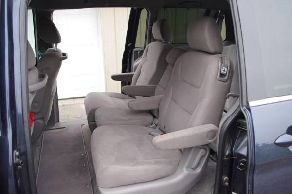 Photo 2010 Honda Odyssey Center Row Seats 2nd Row Rear Seats - $80 (Richfield Springs)