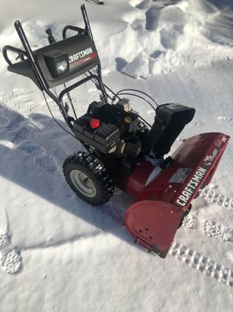 Photo 9 hp Craftsman Snowblower - $400 (Shaftsbury)