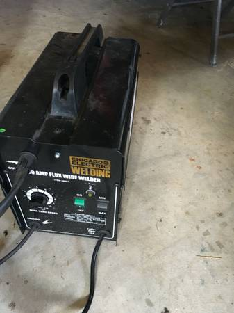 Photo Chicago Electric Mig Welder - $90 (Edwards)