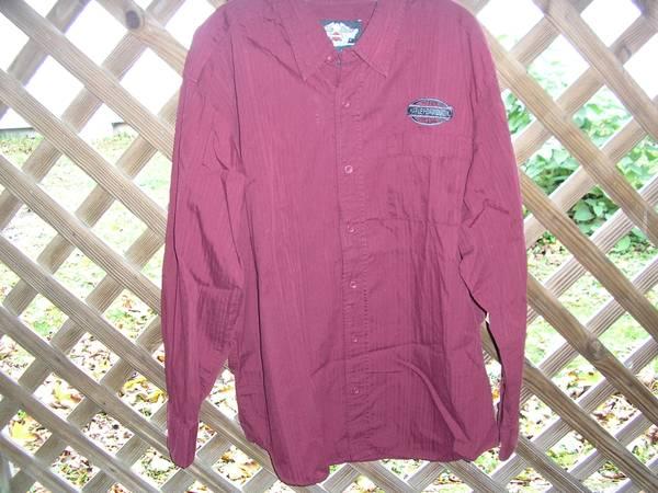 Photo HARLEY DAVIDSON MENS SIZE LARGE DRESS SHIRT BUTTON DOWN - $25 (ESSEX TOWN)