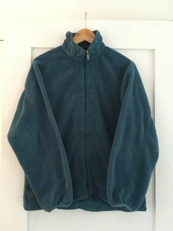Photo Patagonia Fleece Jacket, WMN Lg - $40 (Underhill, VT)