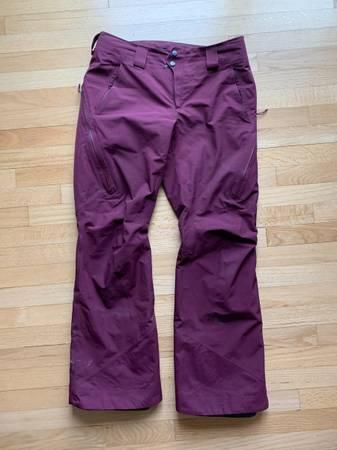 Photo Patagonia Womens Insulated Powder Bowl Pants (Size M) - $180 (Waterbury, VT)