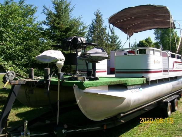 Photo Pontoon boat for sale - $9,000 (Canton)