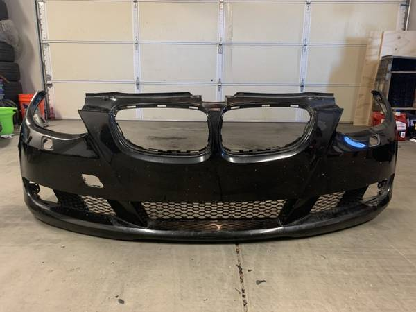 Photo 07-10 OEM BMW E92 Front Bumper Cover - $150 (Prescott Valley)