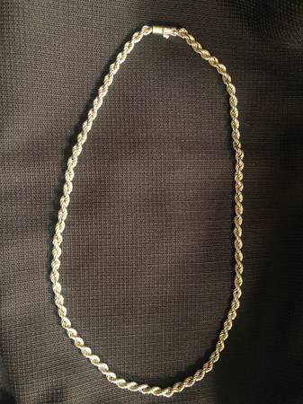 Photo 14K gold rope chain - $600 (Prescott)