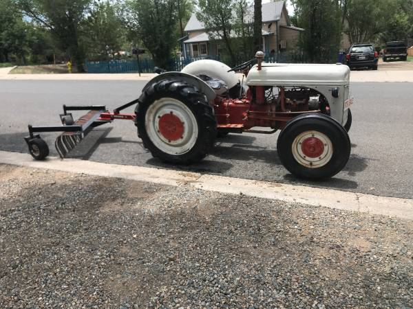 Photo 1939 Ford 9n tractor,WITH LANDSCAPE RAKE - $4,250 (Prescott)