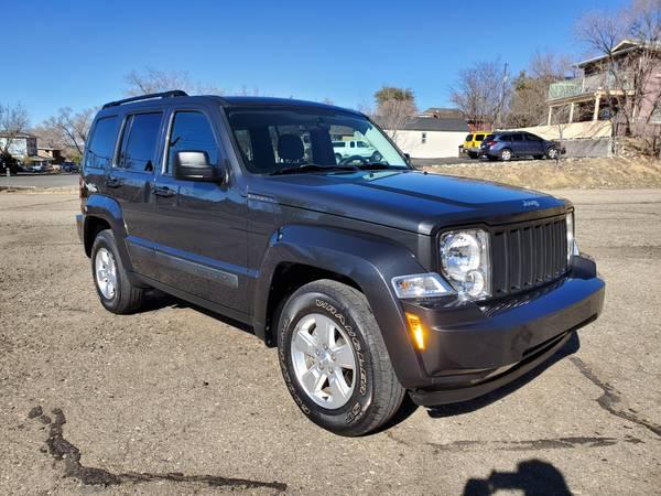 Photo 2011 JEEP LIBERTY 4X4 AUTO  LOW MILES CLEAN TITLE - $8999 (PRESCOTT 251 S MONTEZUMA ST SCOOTER AUTO SOURCE 928-443-5510)