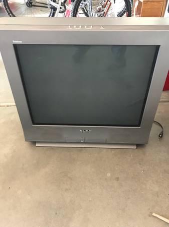 Photo 27in Sony Trinitron TV - $100 (Prescott)