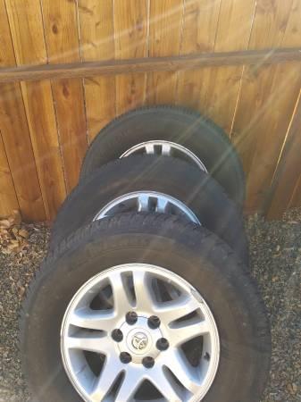 Photo 3- 2004 tundra wheels - $75 (Prescott Valley)