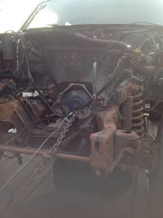 Photo 87 Bronco parts , auto trans frame etc (Cottonwood)