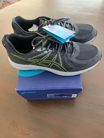 Photo ASICS Mens size 13 Frequent Trail shoe- NWB - $45 (Prescott)
