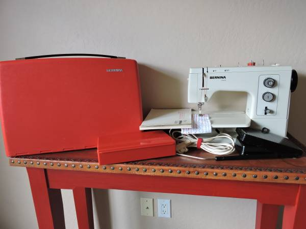 Photo Bernina Record 830 Sewing Machine - $550 (Prescott)