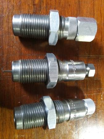 Photo Carbide die set for 3 5 7 or 3 8 - $30 (Chino Valley)