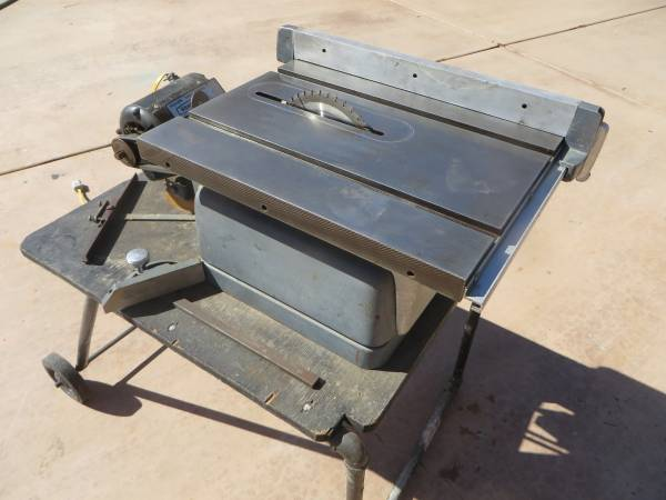 Photo Craftsman King-Seeley Model 103.22161 Table Saw Vintage - $298 (Williamson Valley and Outer Loop Roads)