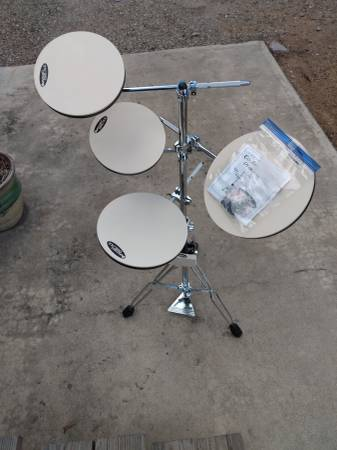 Photo DW Go Anywhere Practice Set - $140 (Chino Valley)