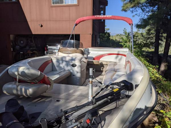 Photo For sale 2006 tracker deck boat - $12,500 (Payson)