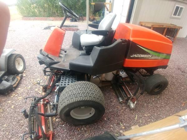 Photo Kubota Jacobsen LF3400 Mower tractor - $2,000 (Chino Valley)