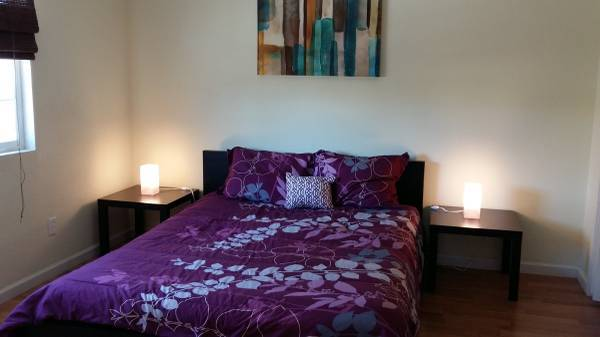 Photo LARGE FURNISHED, SEMI-DETACHED PRIVATE ROOM FOR RENT (UTILITIES INCL) (Prescott)