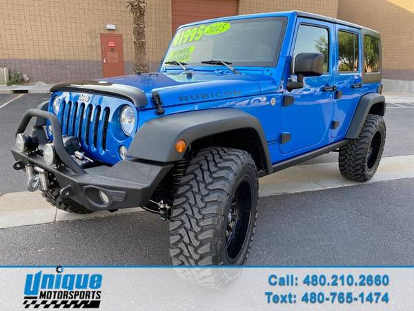 Photo LIFTED 2015 JEEP WRANGLER UNLIMITED RUBICON 4X4 V6 AUTOMATIC LOW MIL - $41,995