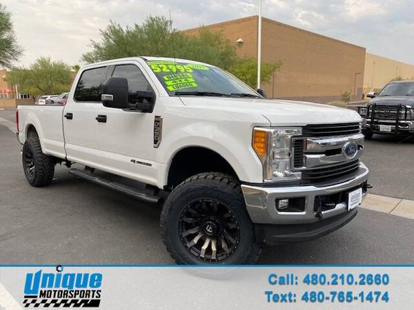Photo LIFTED 2017 FORD F350 CREW CABXLT LONGBED 4X46.7 LITER POWERSTROKE - $52,995