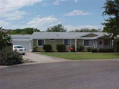 Photo Main House  Guest House ($2400  $1000 mo) - 3 beds  2 baths (Cornville)