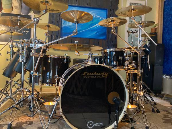 Photo New Custom Ludwig Drum set with Zildian cymbals Trade Motorcycle - $2,750 (Clarkdale)