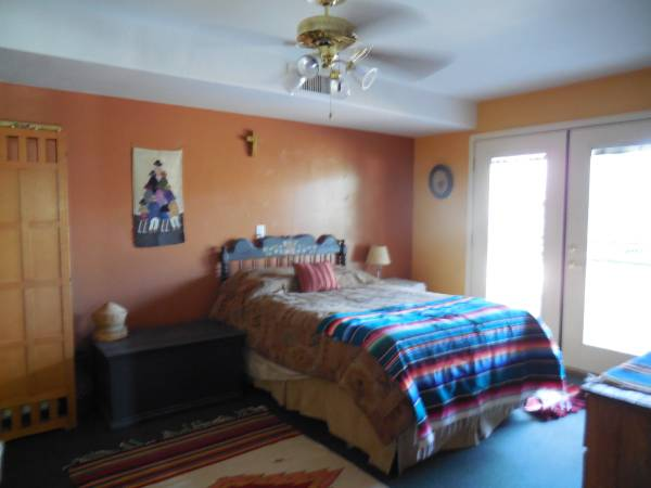Photo One of a kind-1 Bedroom Apartment Suite- all included (Prescott)
