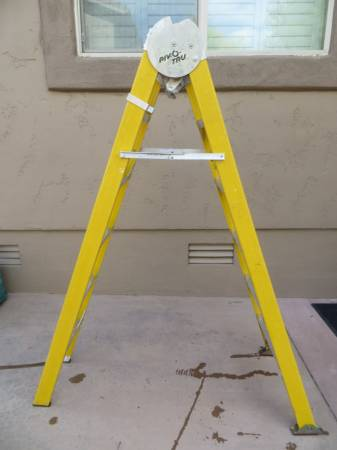 Photo Pivot Ladder 6 Ft Step or 12 Ft Extension - $119 (Williamson Valley  Outer Loop Roads)