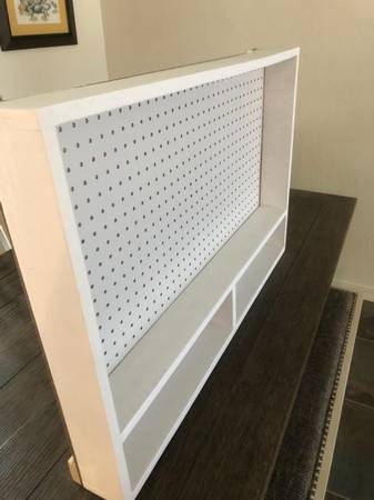 Photo SewingOffice Pegboard Organizer Well built, gently used 36 wide, 23 - $45 (Prescott Valley)