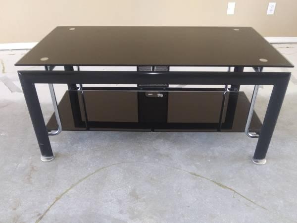 Photo T V stand - $65 (Prescott Valley)