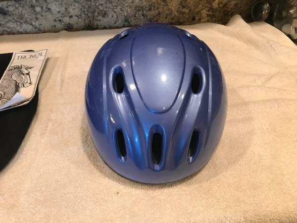Photo Troxel Riding Helmet - $30 (CHINO VALLEY)