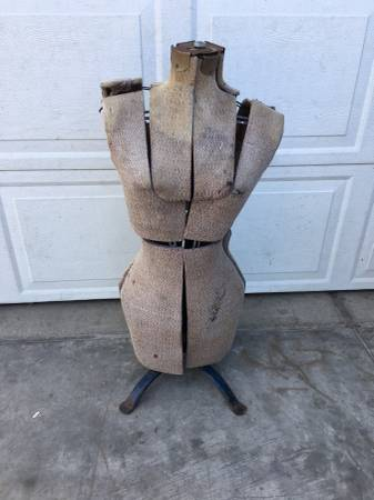 Photo Vintage 4039s Dress Form And Stand (Adjustable) - $48 (prescott)