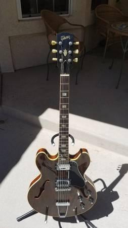 Photo Vintage Gibson ES 335 TD Guitar - $3,000 (Prescott)