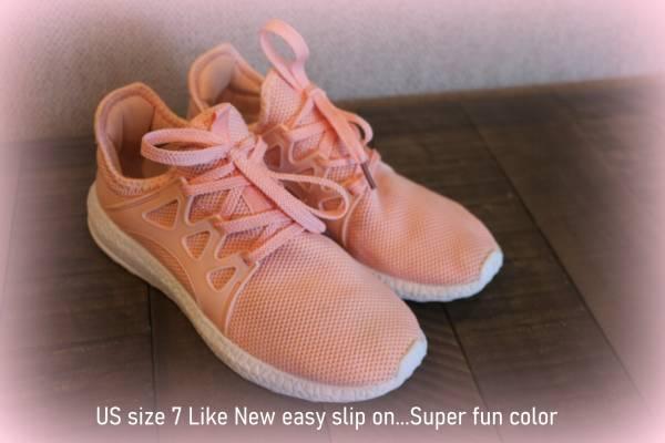 Photo Womens size 7 color Peachy shoes - $12 (Prescott Valley)