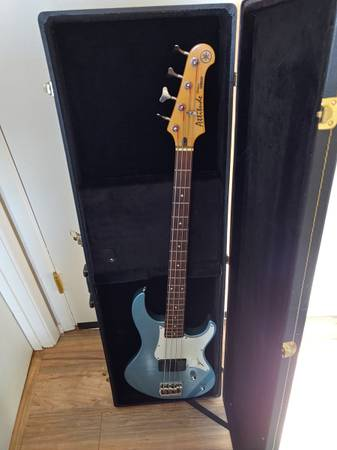 Photo Yamaha Attitude Deluxe Bass Sky Blue - $500 (Prescott Valley)