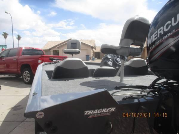 Photo bass Tracker - $25,900 (Apache Junction)