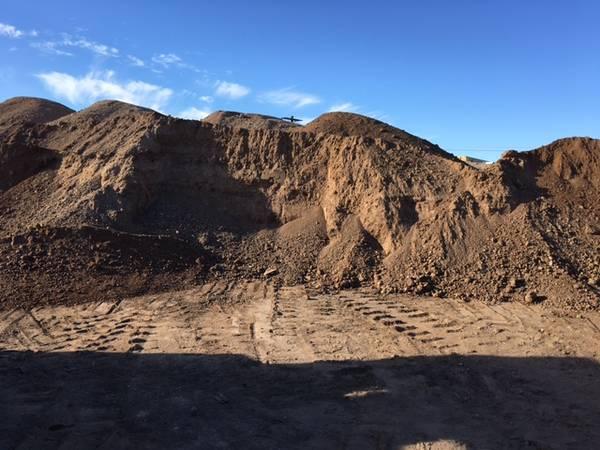 Photo dirt fill dirt rocks sand gravel - $150 (tucson)