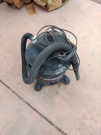 Photo Craftsman 16 Gallon Shop Vacuum - $40 (Loma)