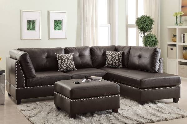 Photo NEW Leather SECTIONAL with OTTOMAN  PILLOWS - NEW IN BOX - $549 (slc warehouse)