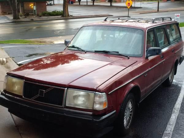 Photo 1991 Volvo 240 Wagon 2.3ltr Block 4cyl, 5-Speed, RWD - $2,500 (Colorado City)