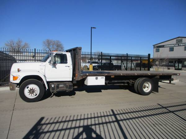 Photo 1998 Ford F800 2239 Flatbed Truck, 5.9 Cummins, 6 Speed 166k Miles - $9,750 (Denver)