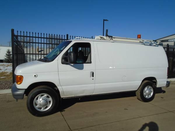 Photo 2007 Ford E-250 939 Cargo Van Ford Triton V8 Automatic 105K Miles - $10750 (Denver)