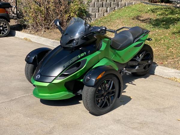 Photo 2012 Can-am Spyder RT SE5 - $9,995 (Littleton)